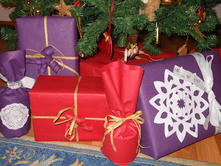 gifts for Jesus picture